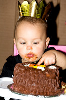 Penny and the Smash Cake